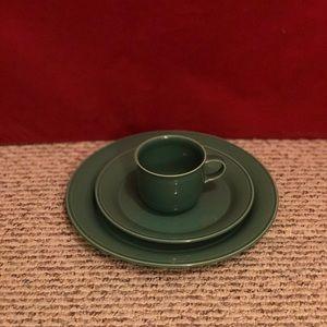 Nancy Calhoun 3 piece place setting dinnerware